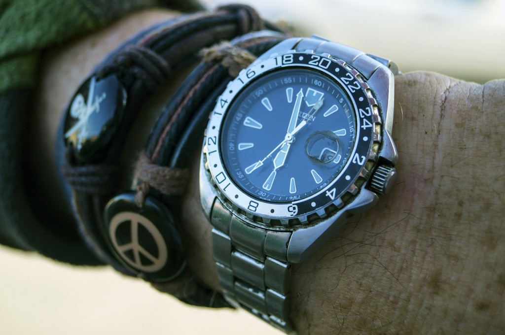 best mens watches under 200